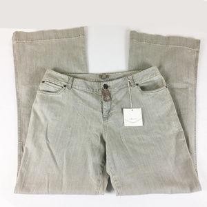 P25 J Jill Flare Jeans